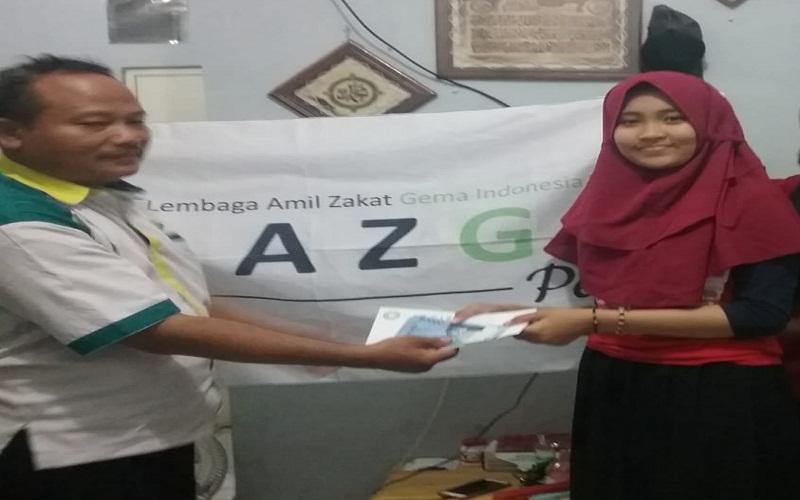 """Aliya Senang Bisa Sekolah di SLB: """"Terima Kasih LAZGIS"""""""